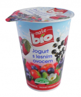 Our bio yogurt with berries