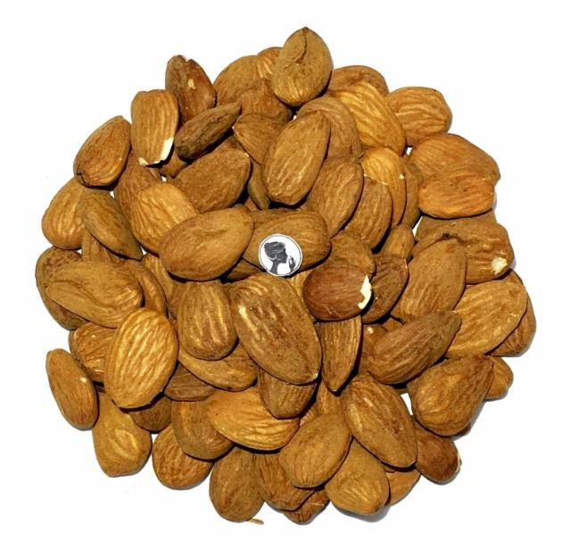 Almonds RAW World paddy fruits